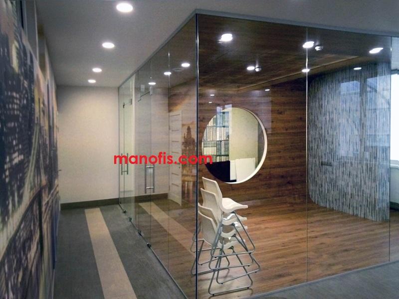 man ofis şüşə bölmə modelləri